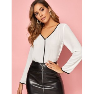 V-neck Contrast Piping Top  WEAIMZO