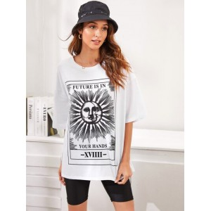 Moon And Letter Graphic Oversized Tee  OKIFYSV