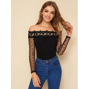 Off Shoulder Guipure Lace Trim Dobby Mesh Sleeve Top  ZQRDRBQ